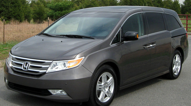 Side Impact Crash Protection The Safest Minivans In 2015