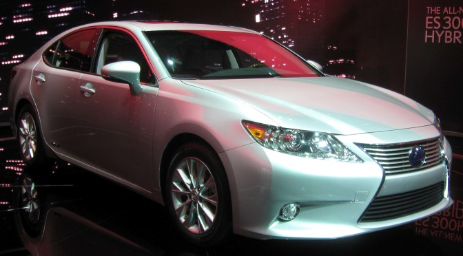 and lexus releases es all hybrid low first new ever signature with htm enhanced design handling